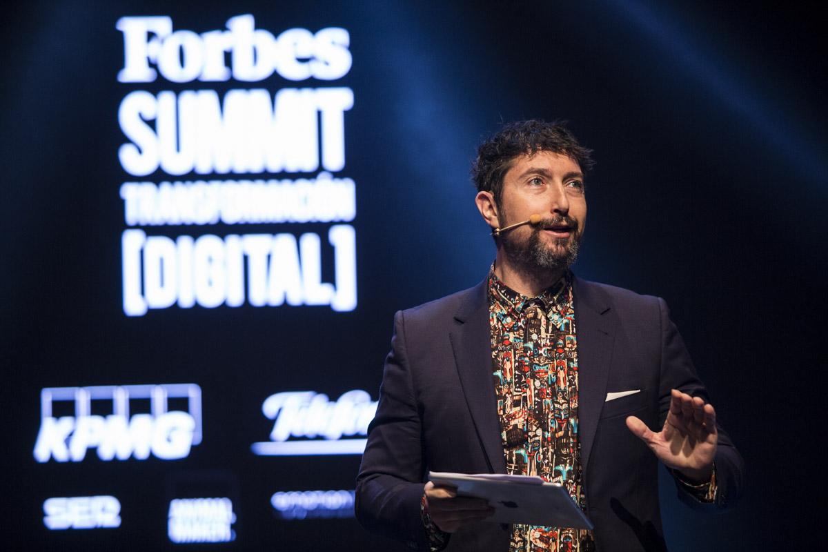 Toni-Garrido-fue-el-presentador-de-Forbes-Summit-Transformación-Digital